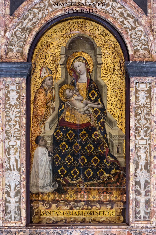 Virgen de los Remedios. Trascoro de la Catedral de sevilla.