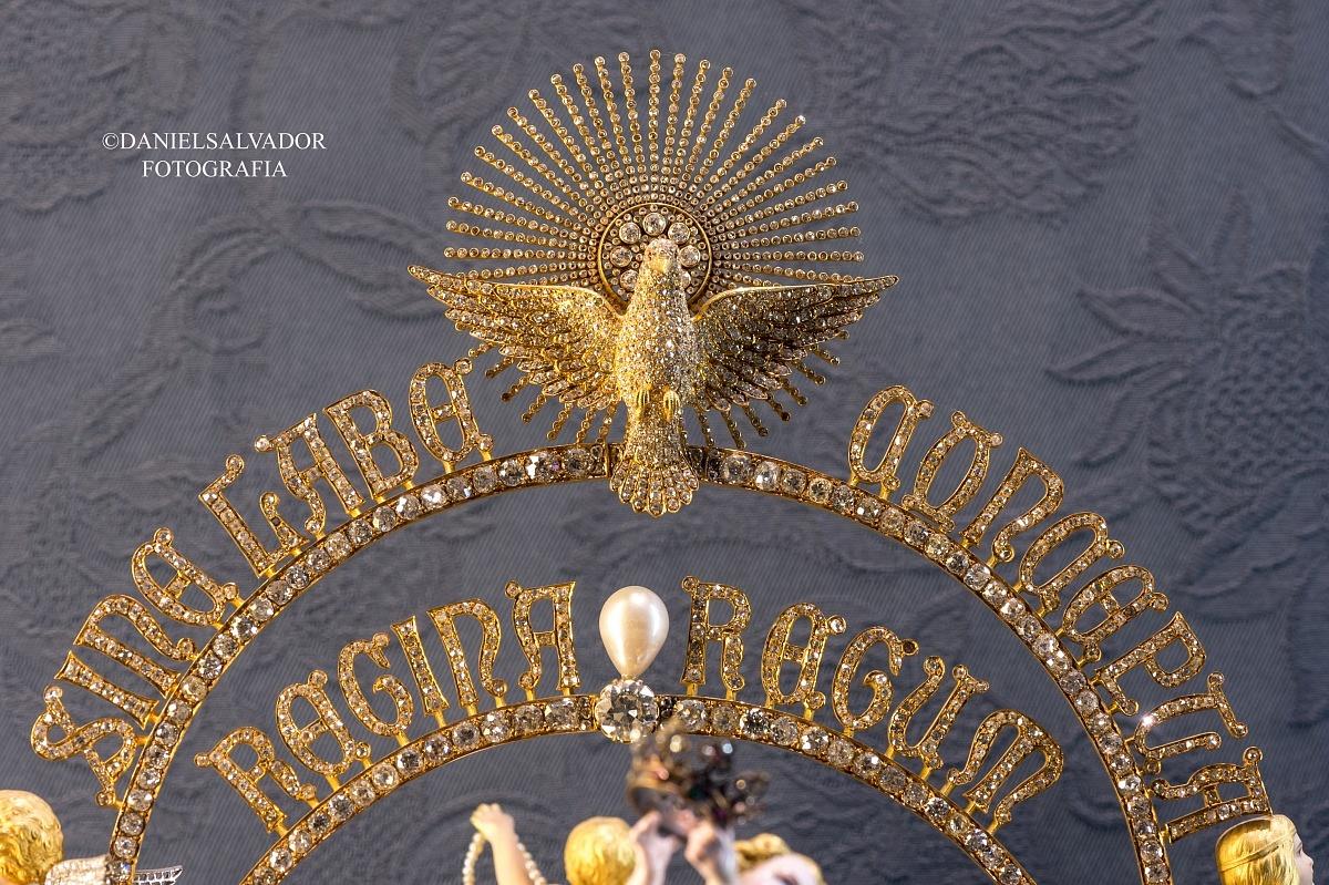 corona-de-la-virgen-de-los-reyes-3-1200x799